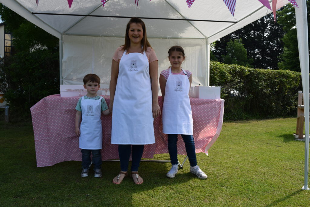 Top Tier Cakes by Sophie - With Little Helpers